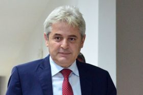 Ахмети: Малите партии да не креираат илузии дека ќе ја победат ДУИ