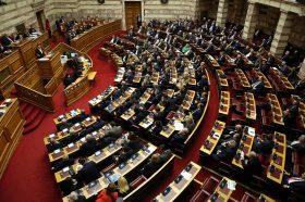 Грчкиот Парламент ги изгласа измените во изборниот закон
