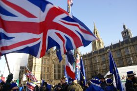 Нова виза по Брегзит: Брз влез во Велика Британија за научници, математичари и истражувачи