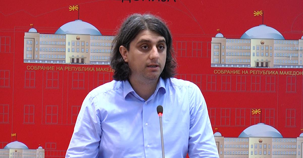 Зекири: ВМРО-ДПМНЕ како по обичај се истрча на лажна вест, Рама ги отвора границите за сите граѓани