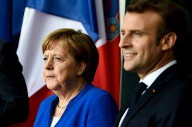 Меркел и Макрон телефонски разговарале со Путин за ситуацијата во Идлиб