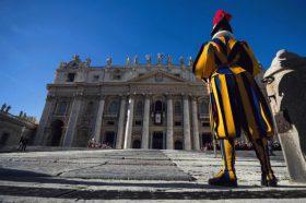Ватикан го повика ирачкиот претседател да ги заштити христијаните во таа земја