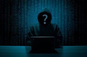 Хакер открил и објавил листа со повеќе од 500.000 кориснички имиња и лозинки