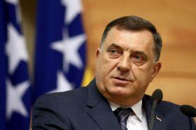 Додик повторно се закани со РС-егзит и побара исполнување на барањата