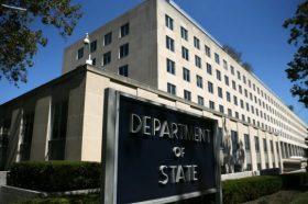 Стејт департментот го осуди протерувањето на тројца американски новинари од Кина