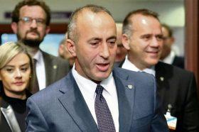 Харадинај: Воспоставувањето на авиолинијата не значи укинување на таксите кон Србија