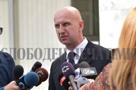 Дуковски: Здравствената состојба на Јовановски е далеку од добра