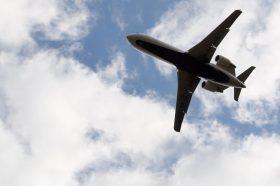 Стјуардеса која работела на летови меѓу Сеул и Лос Анџелес е позитивна на коронавирус