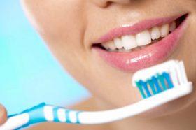 Само 30 отсто од Бугарите си ги мијат забите