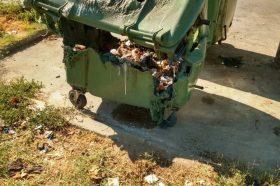 Запалени седум контејнери во Скопје