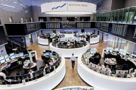 Глобалното ширење на коронавирусот ги стресе светските пазари на капитал