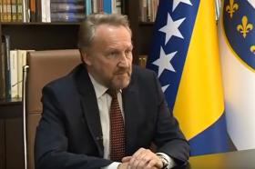Изетбеговиќ: Политичкиот сојуз меѓу Човиќ и Додик е опасен за Босанците