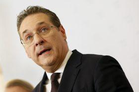 Што правеше посрамениот австриски политичар Штрахе во Белград (ФОТО)