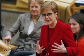 Шкотска виза како план на Старџен за справување со депопулацијата