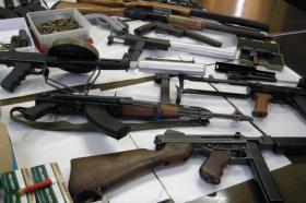 Кривична за две лица од Грчец за поседување оружје