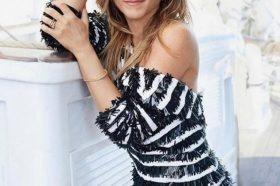 Тајната за прекрасната коса на Џенифер Анистон е во шампон за коњи! (ФОТО)