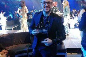 Лозано освои награда на MAC: Го најавија дека доаѓа од Северна Македонија, но веднаш ги поправи!