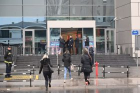 Полицијата врши темелен претрес во локалите на Сити Мол