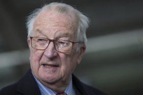 Поранешниот белгиски крал Алберт Втори призна дека има вонбрачна ќерка