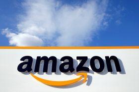 Амазон забрани продажба на милион производи поради невистини за коронавирусот