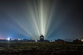 Преживеаните од Аушвиц ги раскажаа горчливите искуства