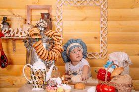 Голем готвач за бебиња и мали децa на македонски јазик