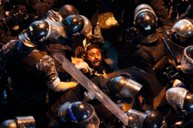 Над 160 повредени во протестите во Бејрут (ВИДЕО)