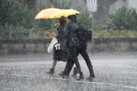 Дождот е добредојден, но претставува нова закана за исцрпената Австралија (ВИДЕО)