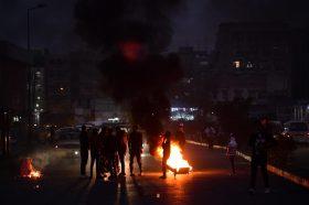 Ирак: Неисполнетите ветувања на премиерот предизвикаа хаос во Багдад (ФОТО+ВИДЕО)