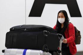 Двајца од тројцата заболени во Франција пристигнале на аеродром без симптоми