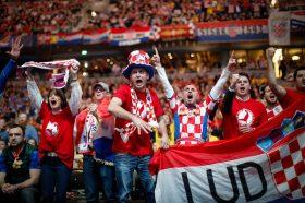 """Стокхолм под опсада: 20.000 Хрвати ќе ги бодрат """"коцкестите"""""""