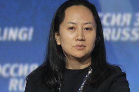 """Директорката на """"Хуавеј"""" се појави на рочиште во Ванкувер, тврди нека е невина"""