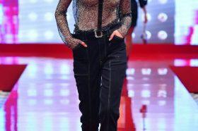 """Нашата Ана Марија од Скопје зачекори на модната писта на """"Guess"""" во Лугано (ФОТО)"""