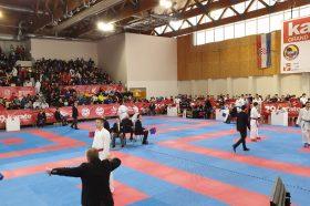 Златен медал за Божиноска на карате турнирот во Самобор