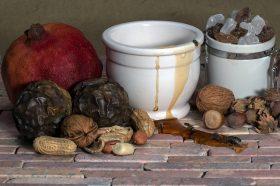 Мед и ореви за студените зимски денови и потоа