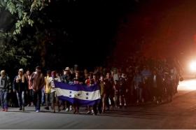 Стотици мигранти влегоа во Мексико, следна дестинација – САД