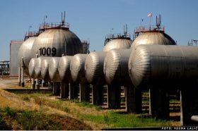 Хафтар ги затвори нафтените полиња во јужна Либија