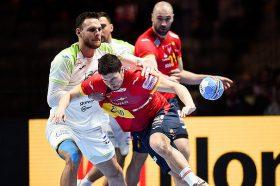 Шпанија е противникот на Хрватска во финалето на ЕП