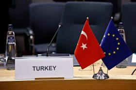 Поради неовластеното истражување на нафта и гас во Кипар: ЕУ ја намалува претпристапната помош за Турција