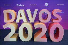 Социјалните мрежи станаа расадник на екстремизмот, тврдат експерти во Давос
