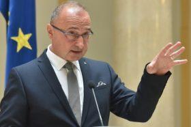 Радман: Отворањето преговори со Северна Македонија и Албанија важни за кредибилитетот на ЕУ
