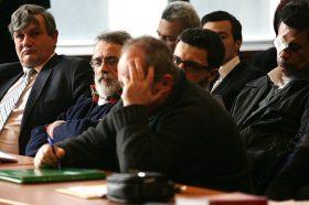 """Со аплауз дочекани ослободителните пресуди за петмина обвинети во случајот """"Шпион"""""""