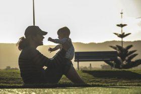 Спорт по породувањето: Кога да почнете и со кои активности?