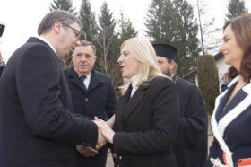 Вучиќ: Србите без разлика каде и да живеат имаат една црква