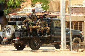 Терористички напад во Буркина Фасо, најмалку 36 загинати