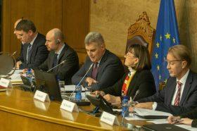 Билчик: ЕУ нема да ги менува правилата за преговори со Црна Гора