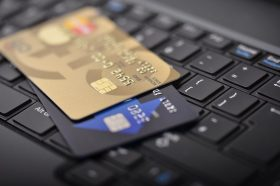 Истражување: Две третини од предметите на интернет се небезбедни за потрошувачите