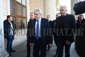 """Ахмети пристигна во Кривичниот суд, ќе сведочи за """"Монструм"""""""