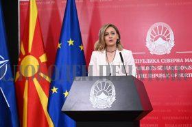 Ангеловска: Стабилизиран е долгот во последните три години
