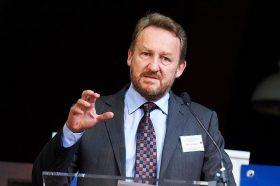 Изетбеговиќ го посочи Додик како главен виновник за кризата во БиХ